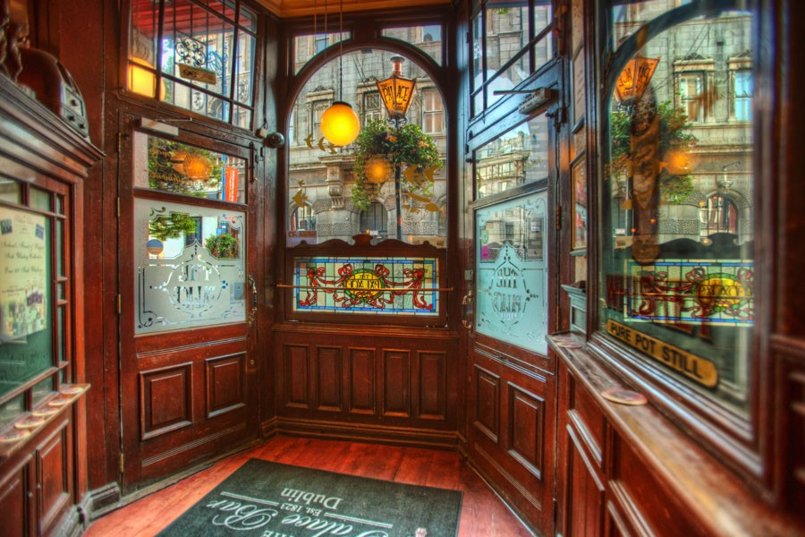 Reflections Bar